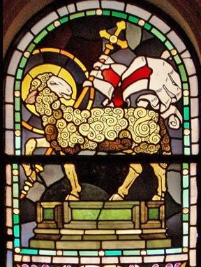 agnello vittorioso da vetrata Paschetto