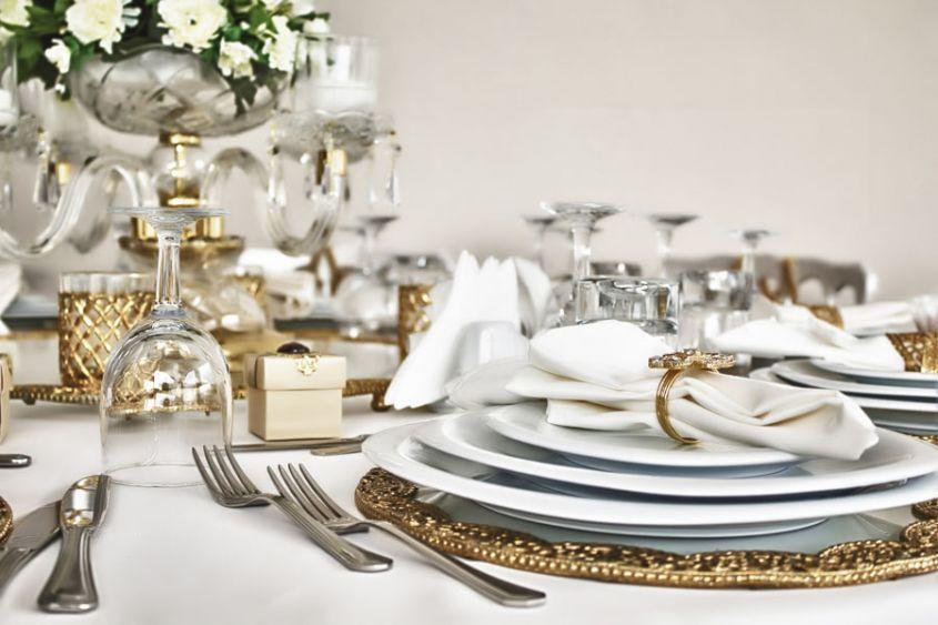 tavola lussuosa